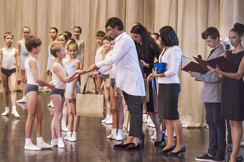 Академия русского балета имени Вагановой с какого класса принимают