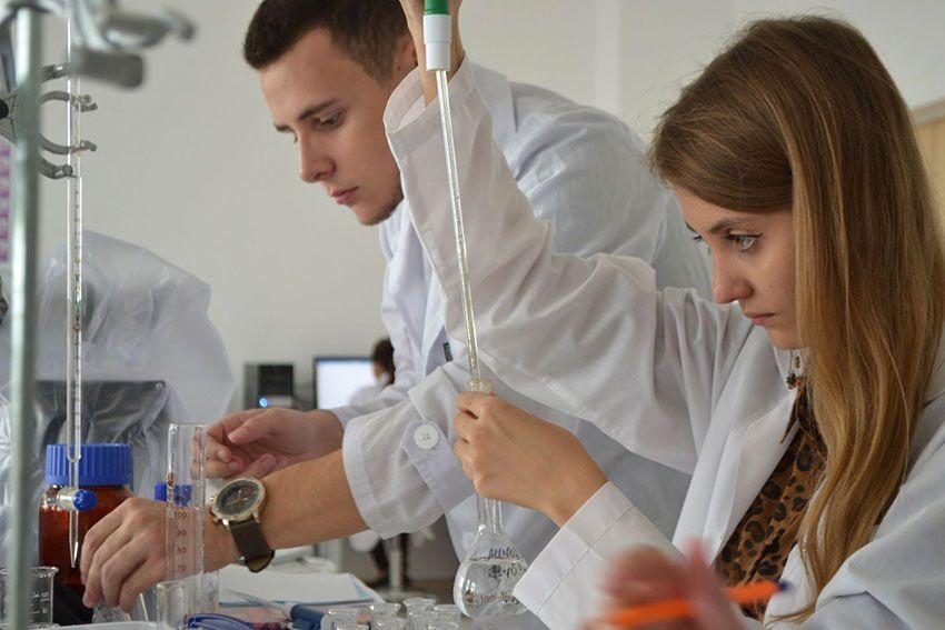 Химический факультет МГУ