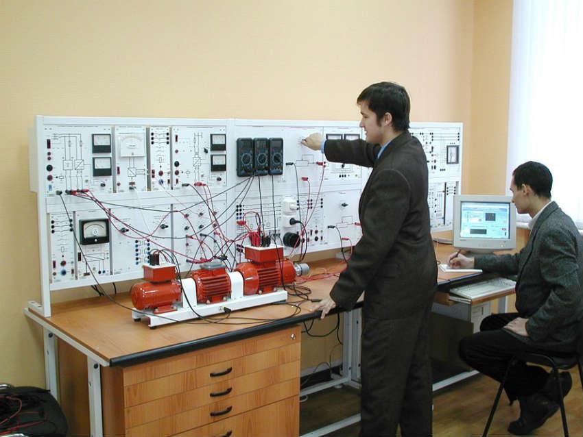 Энергомеханический факультет АГНИ