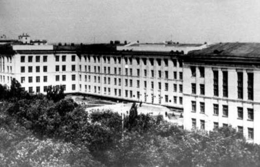 Главный корпус ВолгГТУ 1963