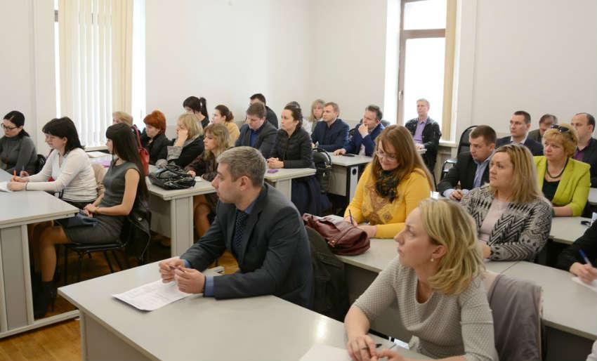 Экономический факультет в Волгоградском институте управления