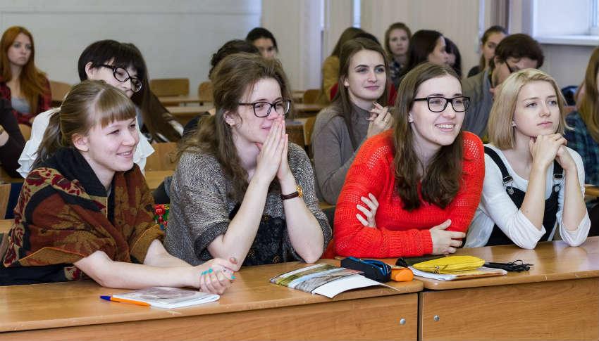 Институт филологии, иностранных языков и медиакоммуникаций в КемГУ в Кемерово