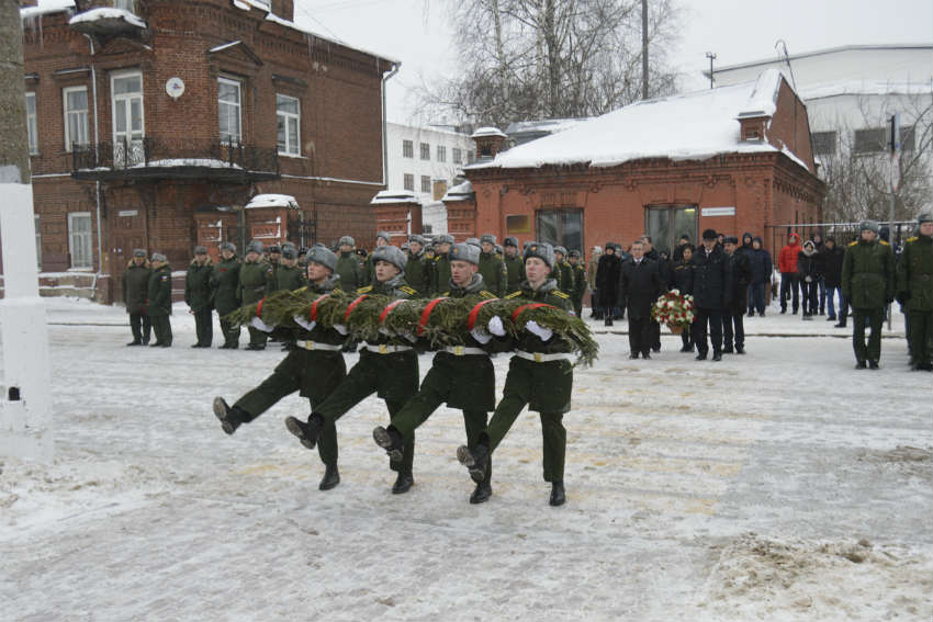 Солдаты