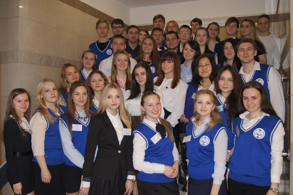 студенты РГУП