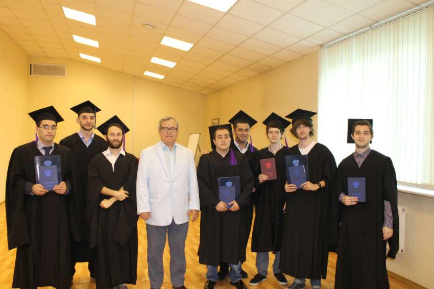 Студенты еврейского университета