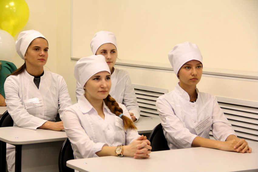 Педиатрический факультет в АГМУ