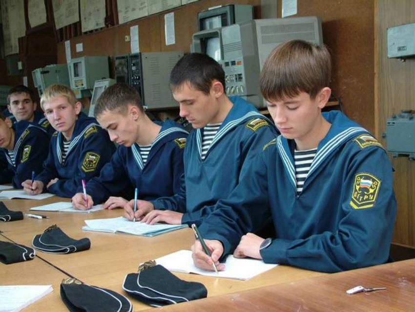 Мореходный институт в ДальРыбВТУЗе в г. Владивостоке